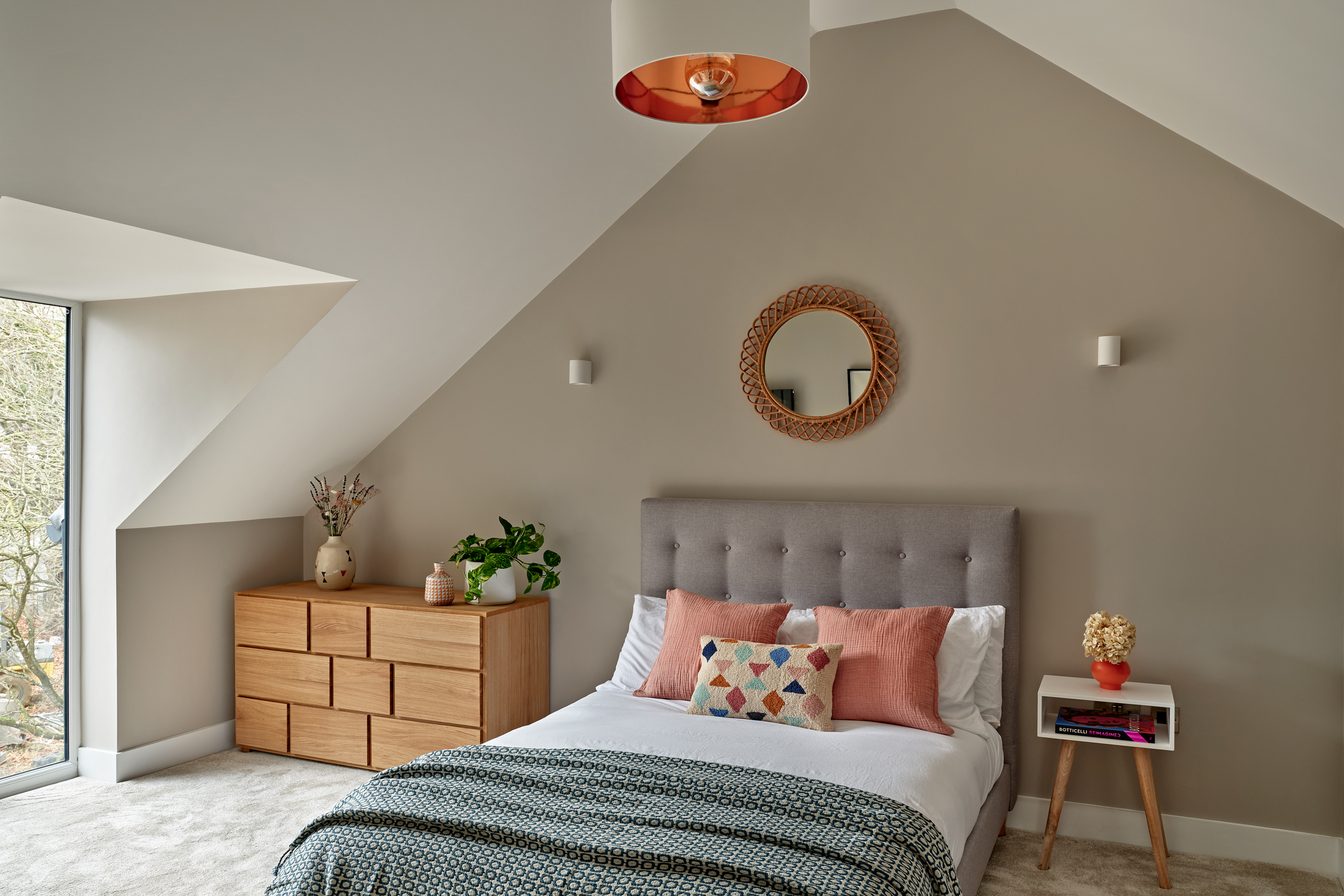 Lime Grove bedroom with the high-vaulted ceiling.